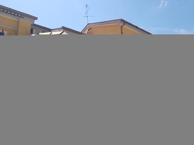 appartamento in vendita Roma in via novaledo € 170.000 EUR