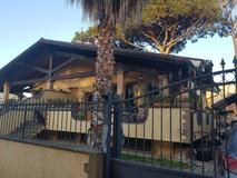 casa/villa villette bifamiliare in vendita Roma in via Predoi EUR