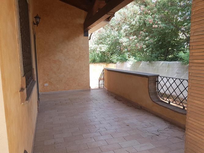villette bifamiliare in vendita Roma in € 400.000 EUR