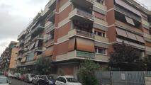 appartamento oltre 5 locali in vendita Roma in via delle Baleari EUR